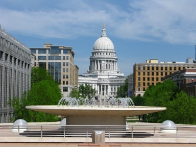 Madison Wisconsin Capitol Building | Roottop Photo from Frank Lloyd Wright Convention Center
